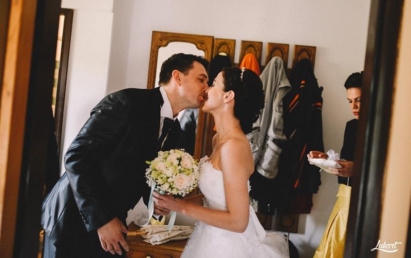 wedding_book_fotograf_vjencanja_istra_wedding_photographer_istria_croatia_weddings_galizana_vjencanje_mladenci_1021.jpg