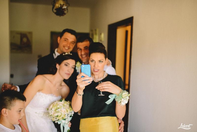 wedding_book_fotograf_vjencanja_istra_wedding_photographer_istria_croatia_weddings_galizana_vjencanje_mladenci_1023.jpg