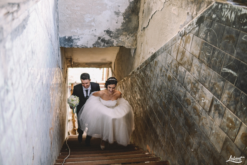 wedding_book_fotograf_vjencanja_istra_wedding_photographer_istria_croatia_weddings_galizana_vjencanje_mladenci_1050.jpg