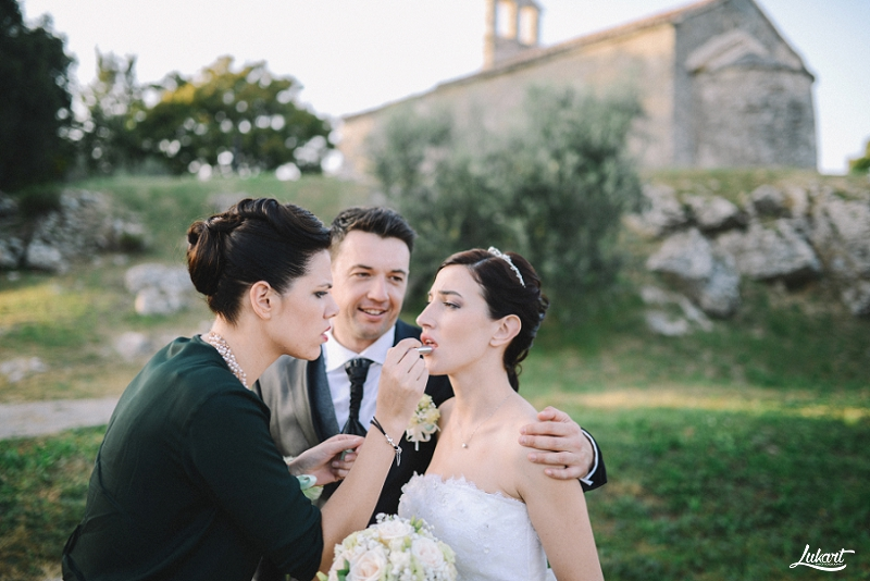 wedding_book_fotograf_vjencanja_istra_wedding_photographer_istria_croatia_weddings_galizana_vjencanje_mladenci_1072.jpg