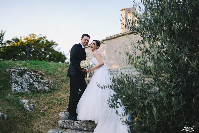 wedding_book_fotograf_vjencanja_istra_wedding_photographer_istria_croatia_weddings_galizana_vjencanje_mladenci_1080.jpg