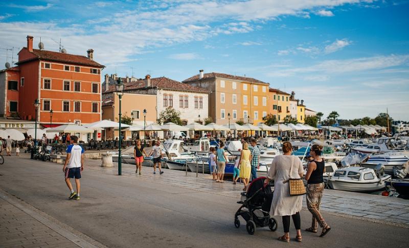 finland-wedding-engagmenet-honeymoon-photosession-istria-photographer-wedding-rovinj-rovigno-finish-croatia-vacation-summer_1447.jpg