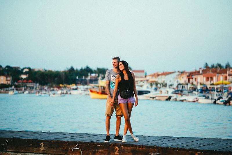 medulin-istria-croatia-engagement-session-photoshooting-wedding-engaged-fineart-istria-medulin-lunapark-_1843.jpg